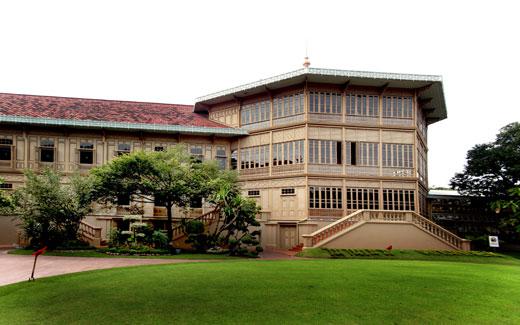Дворец Виманмек. Тайланд. Бангкок
